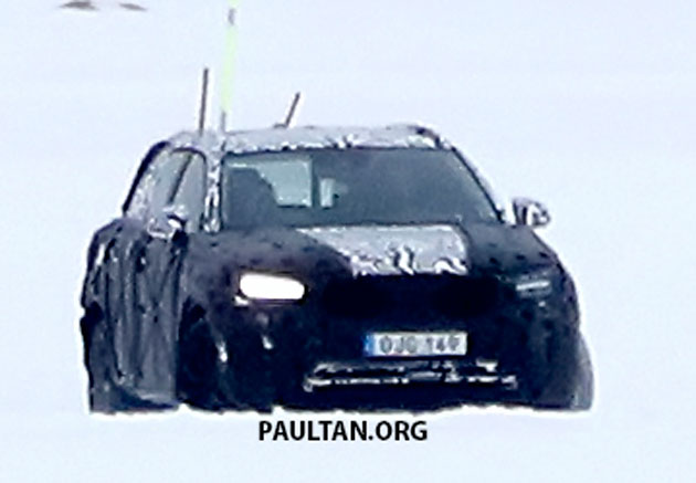 SPYSHOTS: Volvo XC40 testing with production body Image #612226