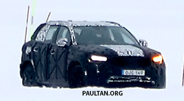 SPYSHOTS: Volvo XC40 testing with production body Image #612227
