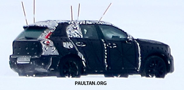 SPYSHOTS: Volvo XC40 testing with production body Image #612232