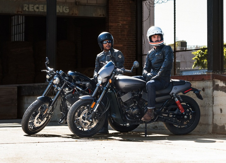 2017 harley davidson street rod 750 us launch rm38 771 now with twin disc brakes and abs. Black Bedroom Furniture Sets. Home Design Ideas