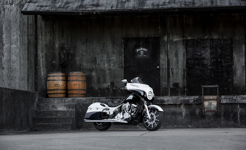 Indian Motorcycle and Jack Daniel's whiskey team up for Indian Chieftain limited edition – only 100 units Image #629797