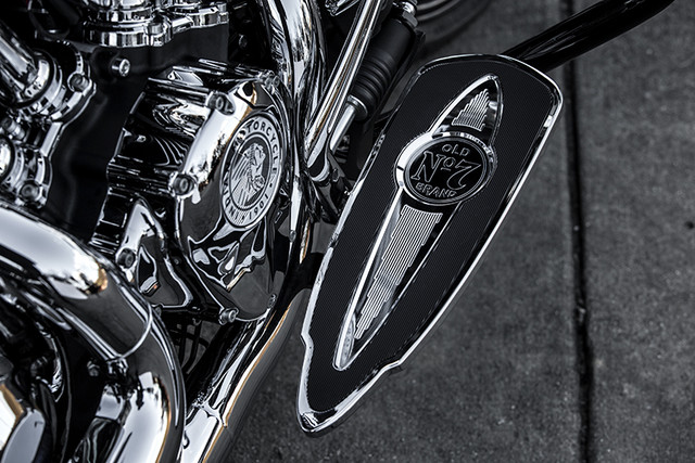 Indian Motorcycle and Jack Daniel's whiskey team up for Indian Chieftain limited edition – only 100 units Image #629787