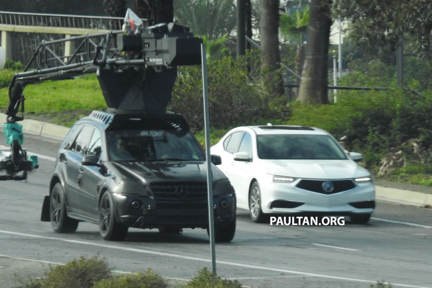 2018 Acura TLX teased ahead of New York reveal Image #637094