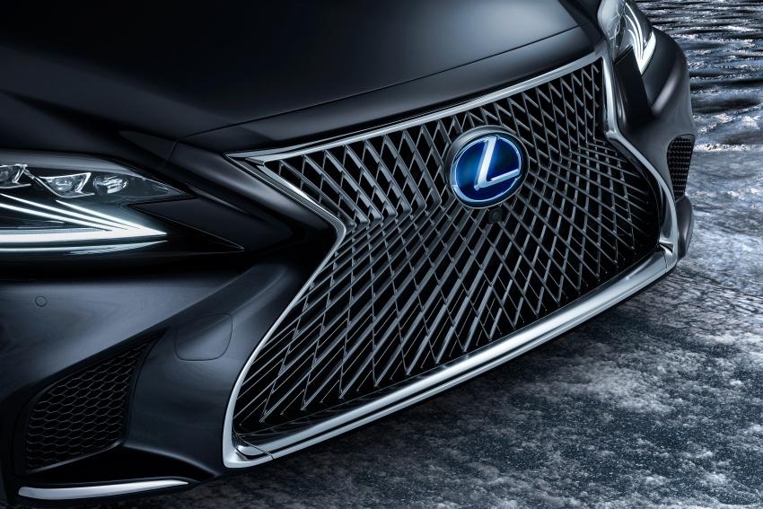 Lexus LS 500h officially debuts at Geneva Motor Show Image #625542