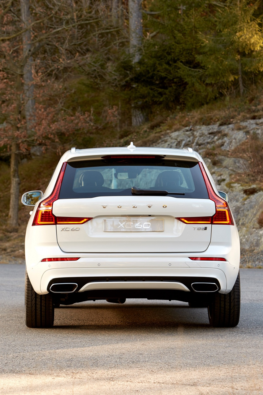 2018 Volvo XC60 unveiled – 407 hp T8 plug-in hybrid Image #625865