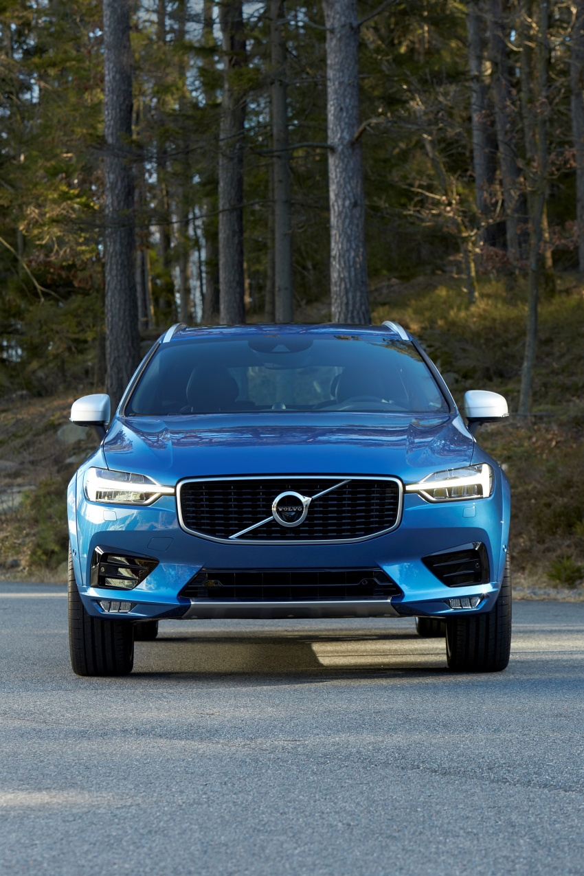 2018 Volvo XC60 unveiled – 407 hp T8 plug-in hybrid Image #625882