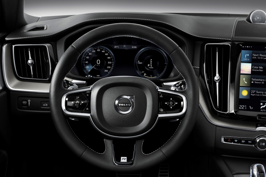 2018 Volvo XC60 unveiled – 407 hp T8 plug-in hybrid Image #625920