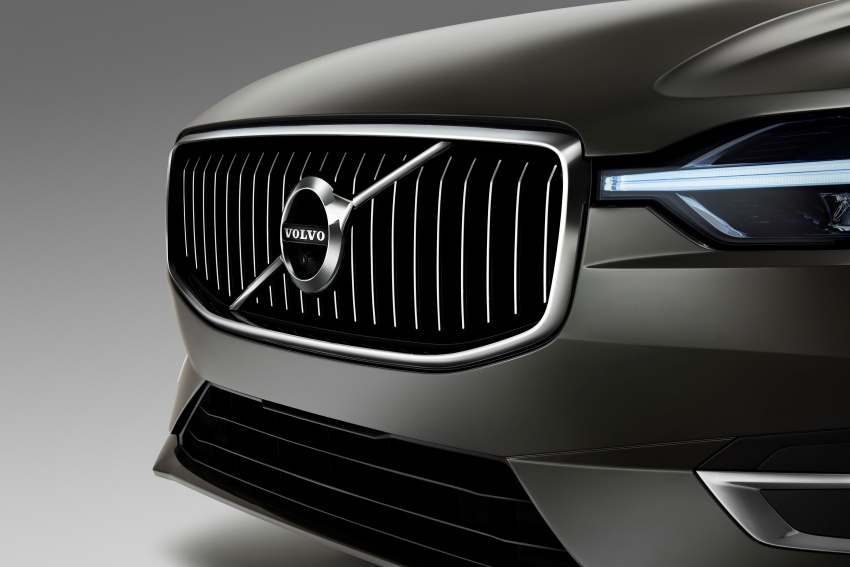 2018 Volvo XC60 unveiled – 407 hp T8 plug-in hybrid Image #625977