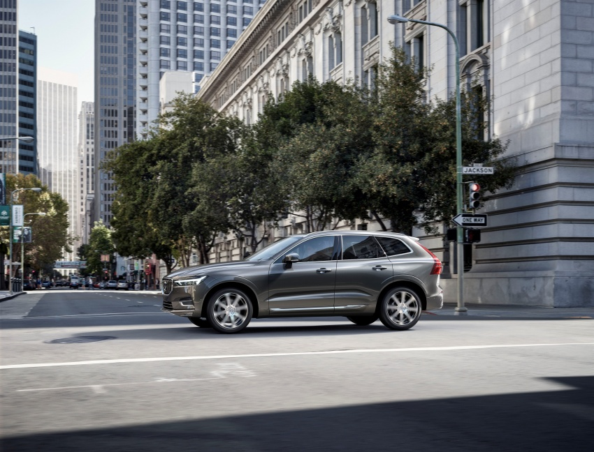 2018 Volvo XC60 unveiled – 407 hp T8 plug-in hybrid Image #625979
