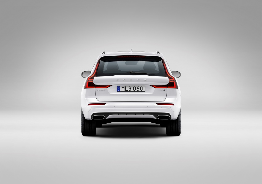 2018 Volvo XC60 unveiled – 407 hp T8 plug-in hybrid Image #625986