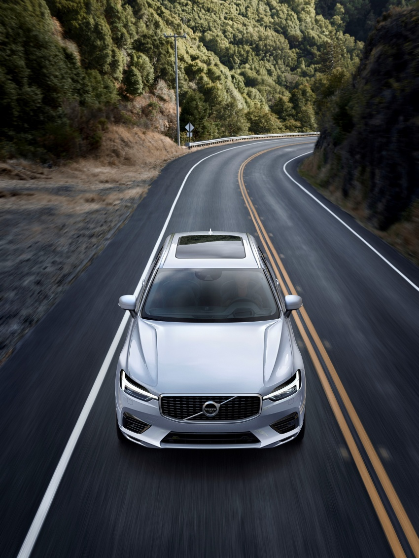 2018 Volvo XC60 unveiled – 407 hp T8 plug-in hybrid Image #625991