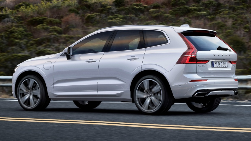 2018 Volvo XC60 unveiled – 407 hp T8 plug-in hybrid Image #625996