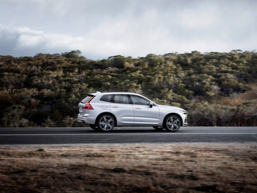 2018 Volvo XC60 unveiled – 407 hp T8 plug-in hybrid Image #625997