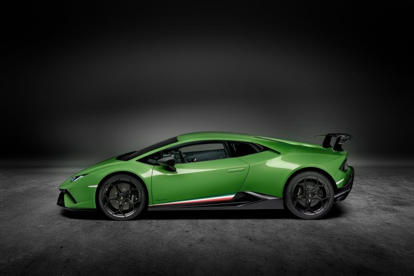 Lamborghini Huracan Performante: 640 hp, active aero Image #625048