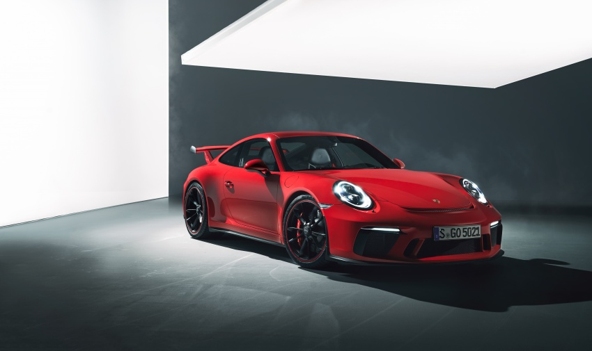 Porsche 911 GT3 now with 500 hp, manual gearbox Image #626055