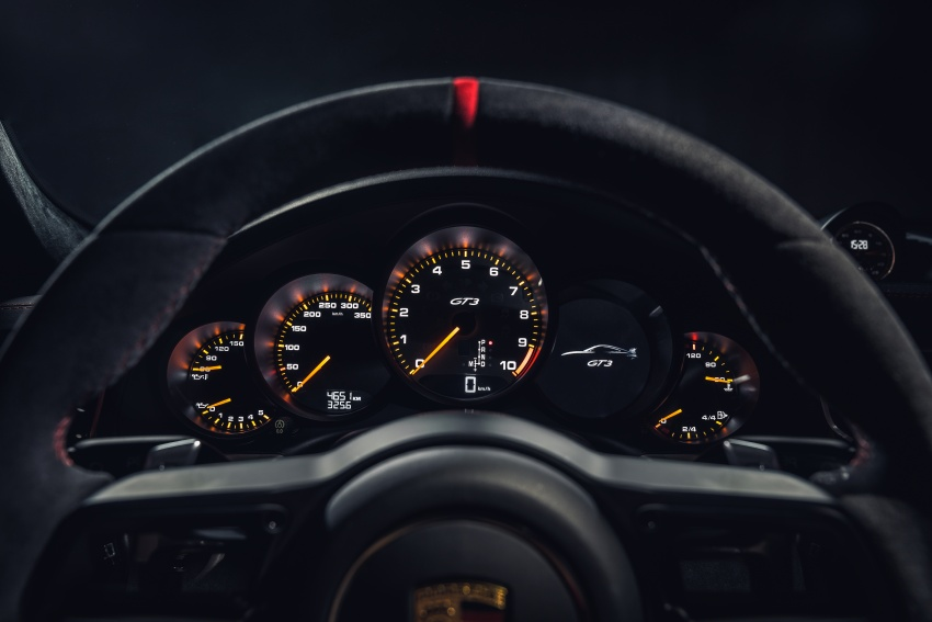 Porsche 911 GT3 now with 500 hp, manual gearbox Image #626061