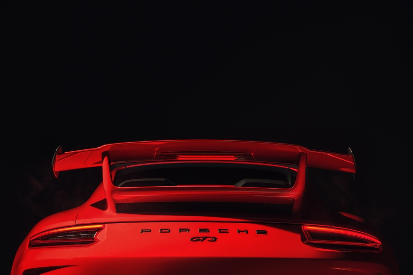 Porsche 911 GT3 now with 500 hp, manual gearbox Image #626071