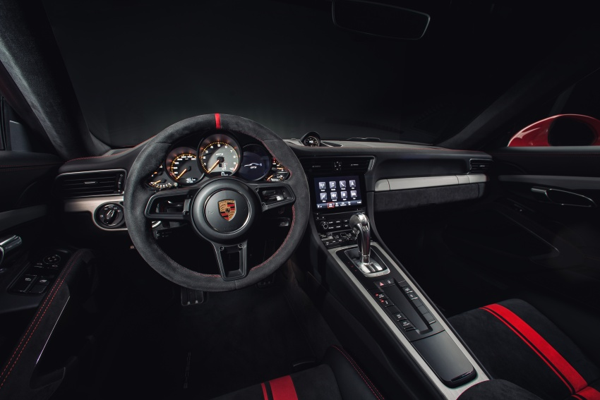 Porsche 911 GT3 now with 500 hp, manual gearbox Image #626072