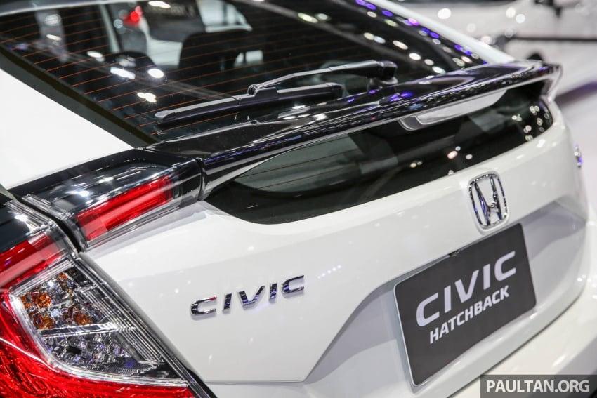 Bangkok 2017: Honda Civic Hatchback 1.5L Turbo Image #635627