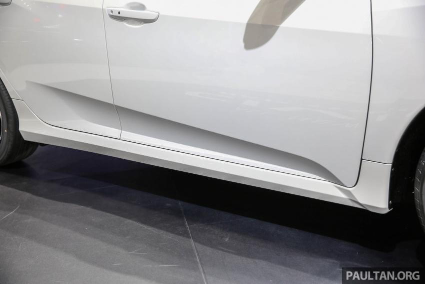 Bangkok 2017: Honda Civic Hatchback 1.5L Turbo Image #635392