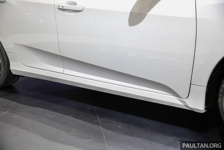Bangkok 2017: Honda Civic Hatchback 1.5L Turbo Image #635631