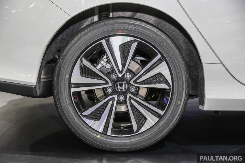 Bangkok 2017: Honda Civic Hatchback 1.5L Turbo Image #635395