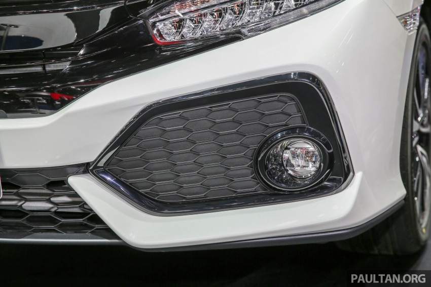 Bangkok 2017: Honda Civic Hatchback 1.5L Turbo Image #635382