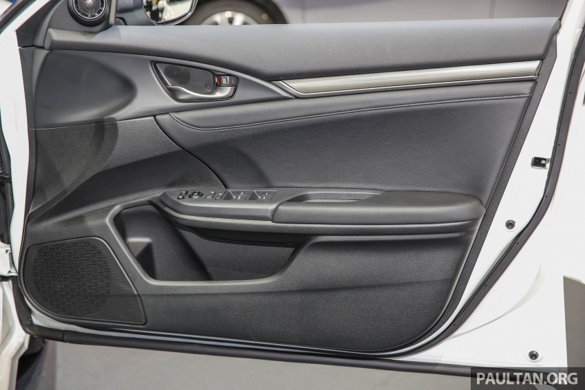 Bangkok 2017: Honda Civic Hatchback 1.5L Turbo Image #635443