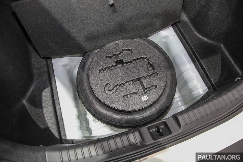 Bangkok 2017: Honda Civic Hatchback 1.5L Turbo Image #635665