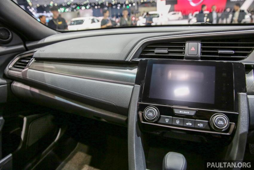 Bangkok 2017: Honda Civic Hatchback 1.5L Turbo Image #635647
