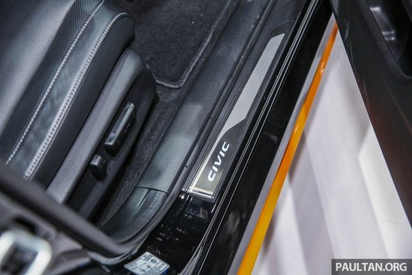 Bangkok 2017: Honda Civic Hatchback with Modulo kit Image #637632