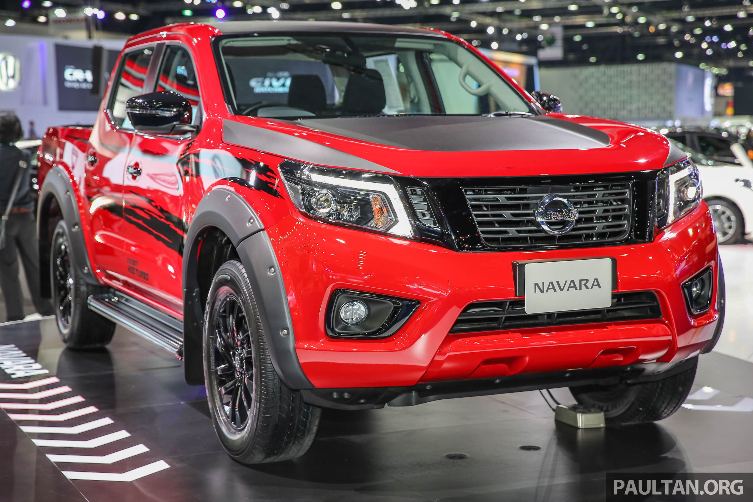 Bangkok 2017: Nissan NP300 Navara Black Edition