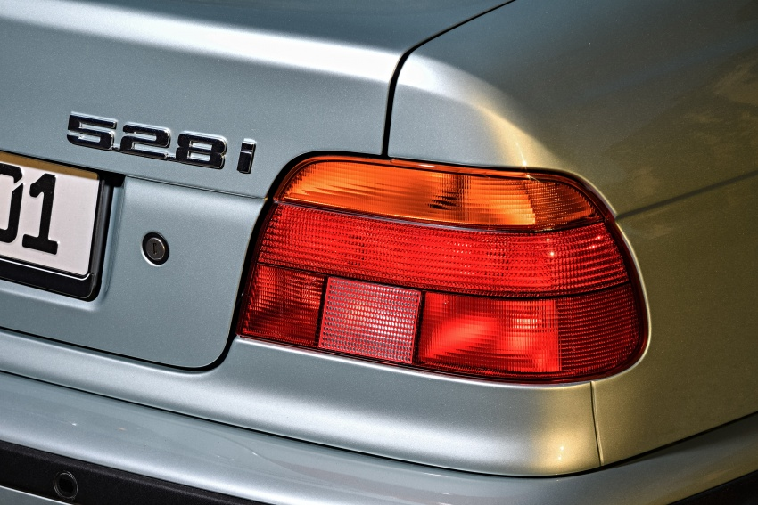 BMW 5 Series – a look back through the generations Image #636943