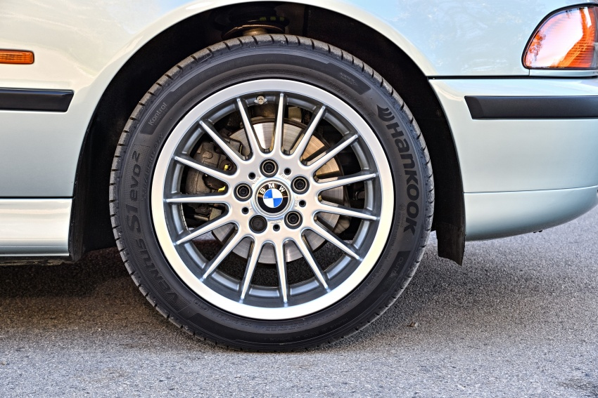 BMW 5 Series – a look back through the generations Image #636947