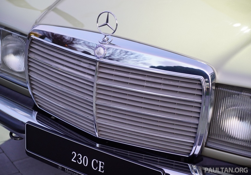 GALLERY: Mercedes-Benz E-Class Coupe through the years – W114, C123, C124, C208, C209, C207 and C238 Image #628135