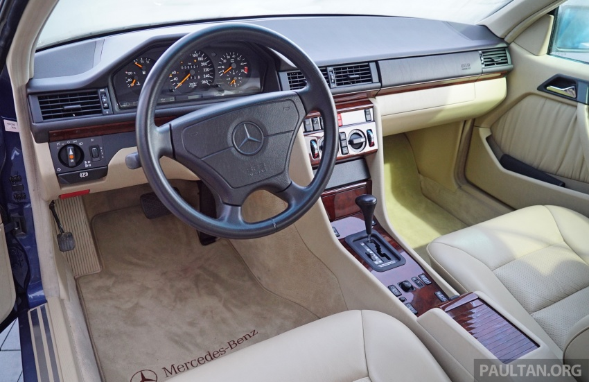 GALLERY: Mercedes-Benz E-Class Coupe through the years – W114, C123, C124, C208, C209, C207 and C238 Image #628156