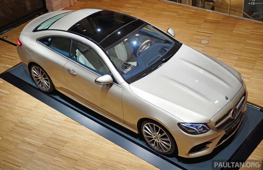 GALLERY: Mercedes-Benz E-Class Coupe through the years – W114, C123, C124, C208, C209, C207 and C238 Image #628226