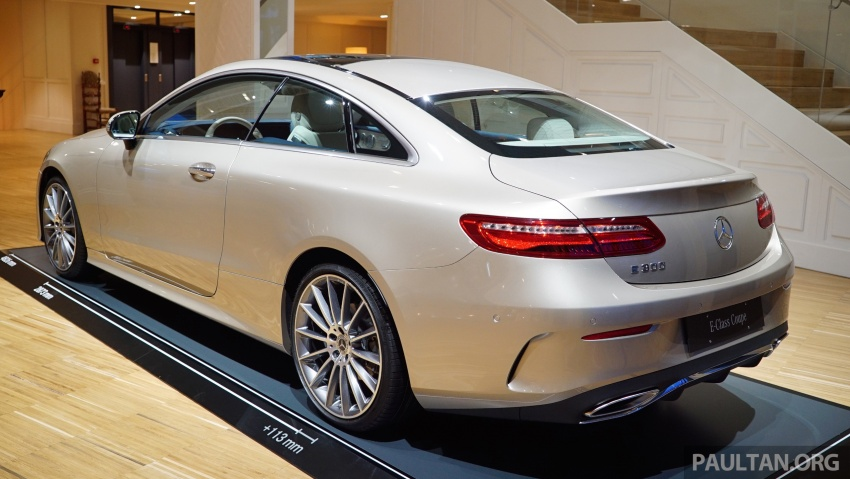 GALLERY: Mercedes-Benz E-Class Coupe through the years – W114, C123, C124, C208, C209, C207 and C238 Image #628223