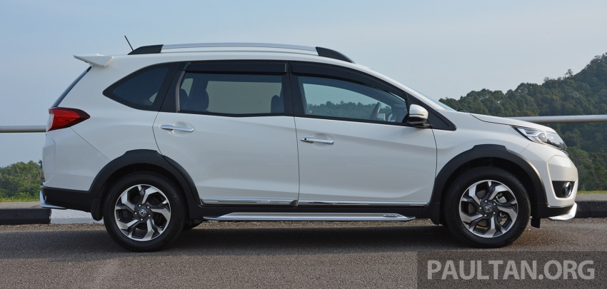 DRIVEN: Honda BR-V 1.5L – seven seats, family first Image #627266