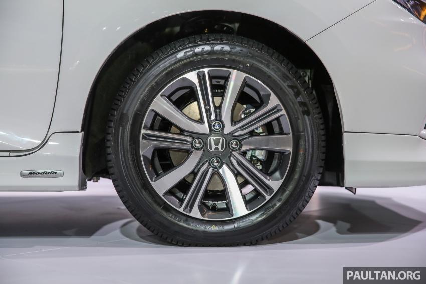 Honda City 2017 facelift dilancarkan untuk pasaran Malaysia – hanya 3 varian, harga kekal RM78k-RM92k Image #623191