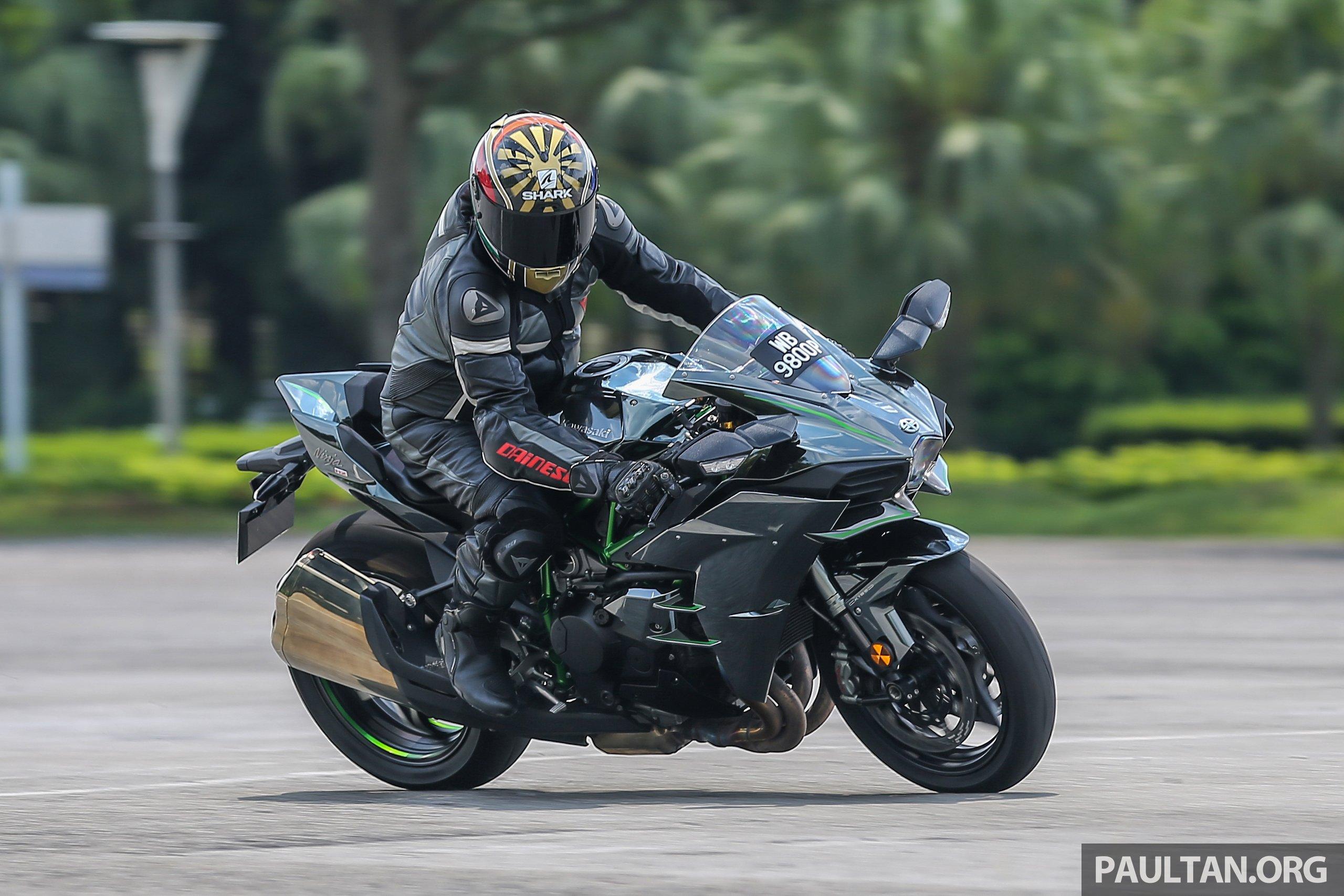 Review Kawasaki Ninja H2 Power To The People