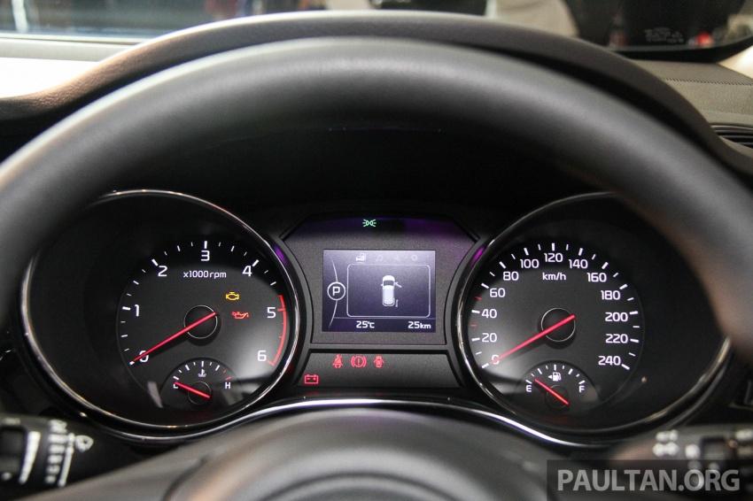 Kia Grand Carnival dilancarkan di Malaysia – tiga varian, 2.2L turbodiesel, harga dari RM154k Image #633369