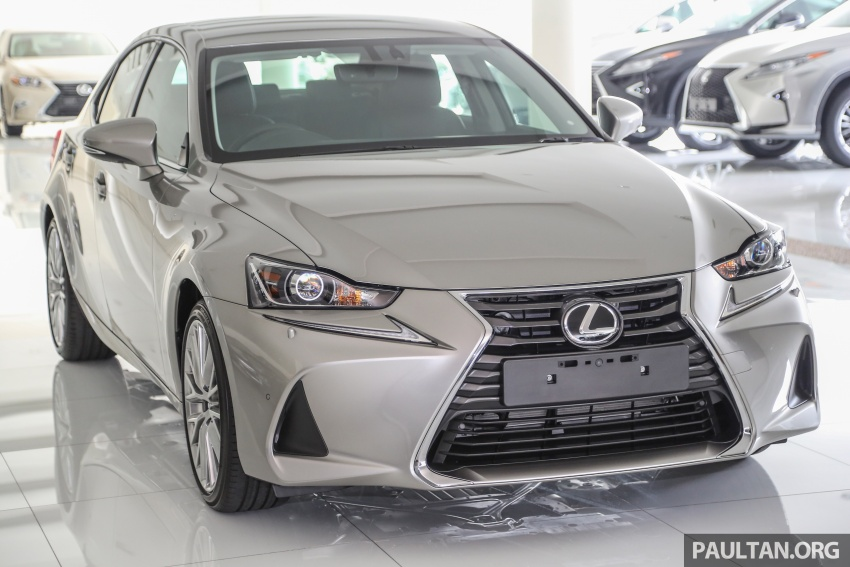 2017 Lexus IS facelift range arrives in Malaysia; 200t and 300h, from RM298k – up to RM40k less than before Image #624068