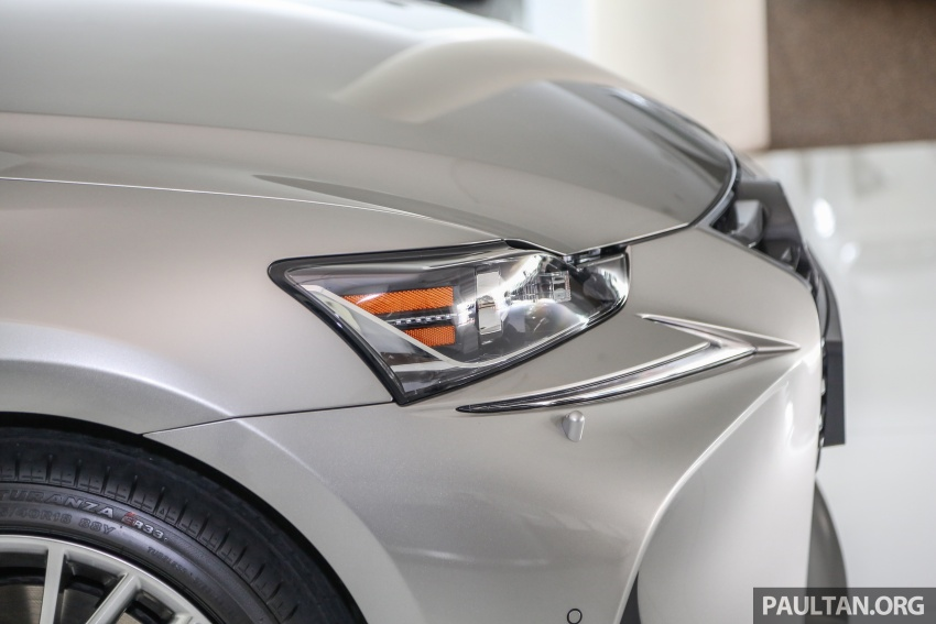 2017 Lexus IS facelift range arrives in Malaysia; 200t and 300h, from RM298k – up to RM40k less than before Image #624081