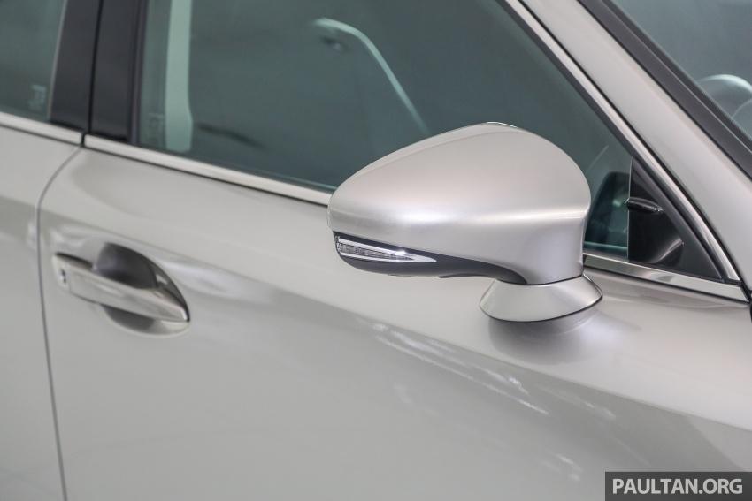 Lexus IS facelift kini di M'sia – 4 varian, dari RM298k, varian hibrid IS 300h kini hingga RM40k lebih murah Image #623939