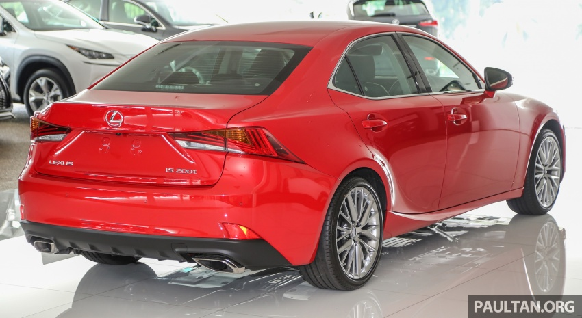 2017 Lexus IS facelift range arrives in Malaysia; 200t and 300h, from RM298k – up to RM40k less than before Image #624104
