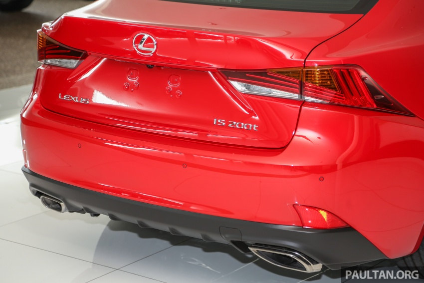 2017 Lexus IS facelift range arrives in Malaysia; 200t and 300h, from RM298k – up to RM40k less than before Image #624110