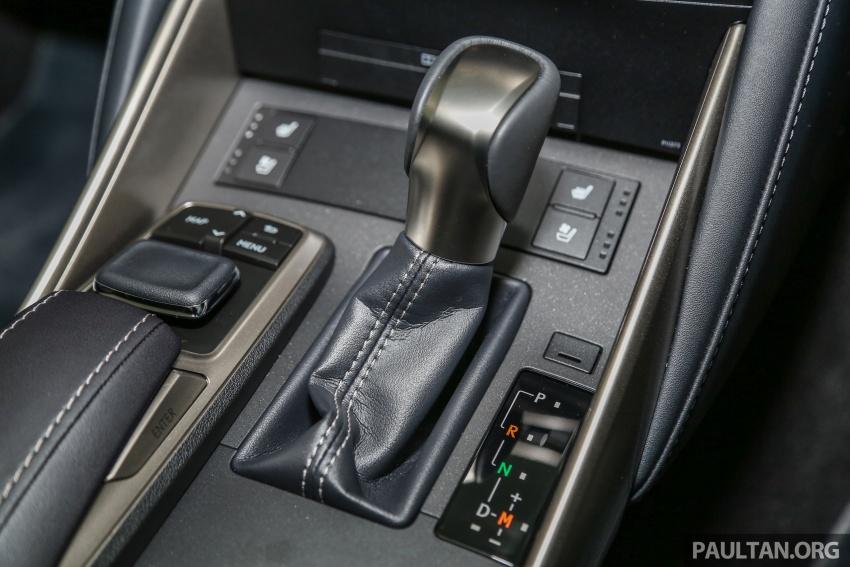 Lexus IS facelift kini di M'sia – 4 varian, dari RM298k, varian hibrid IS 300h kini hingga RM40k lebih murah Image #624032