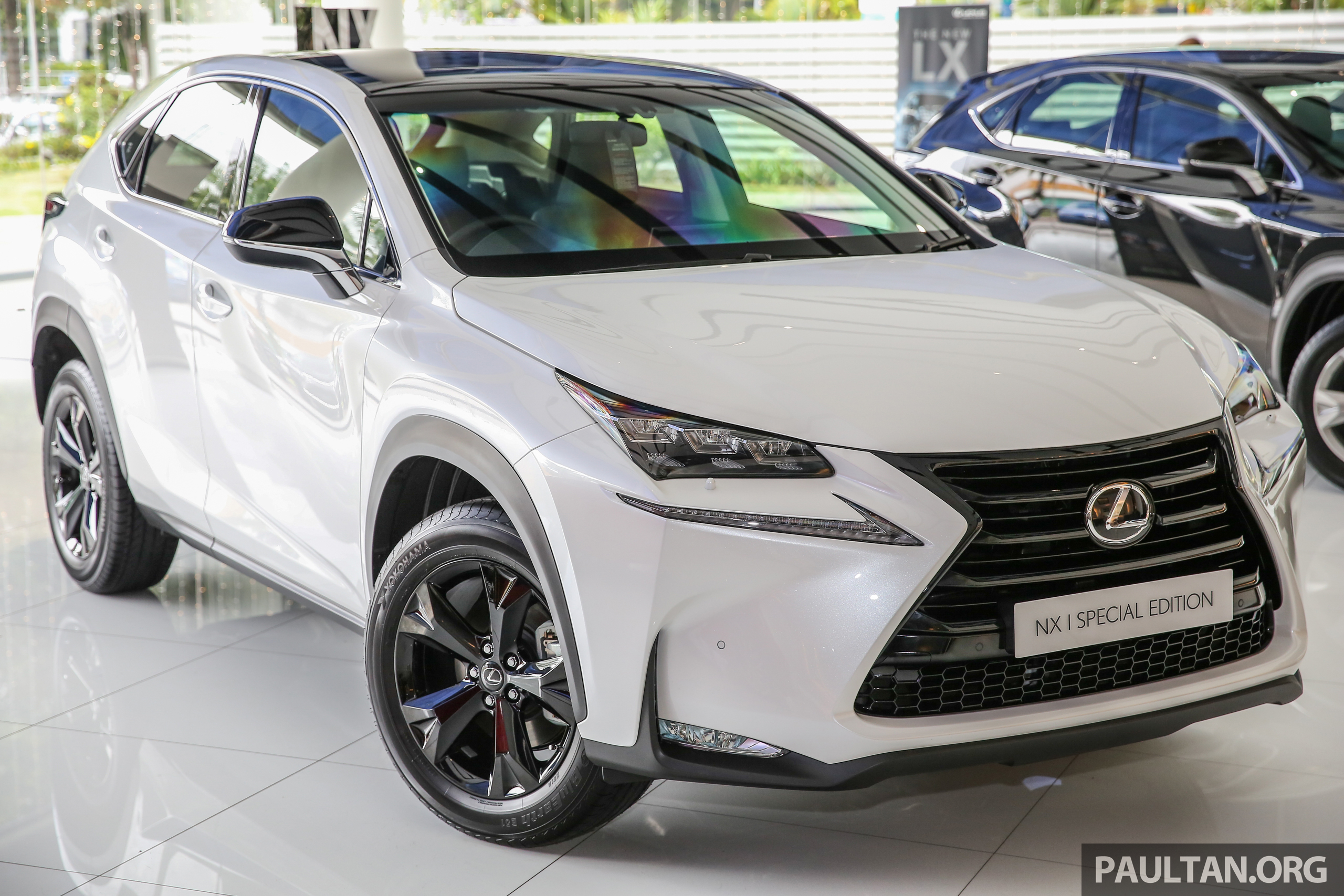 lexus nx 200t range updated for my2017 special edition with blacked out trim introduced. Black Bedroom Furniture Sets. Home Design Ideas