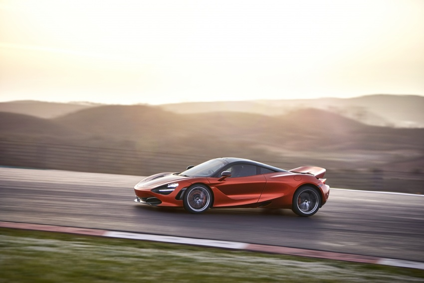 McLaren 720S – second-gen Super Series model debuts in Geneva; 0-100 km/h in 2.9s; 341 km/h Image #626402